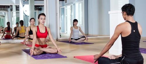 Lớp Yoga